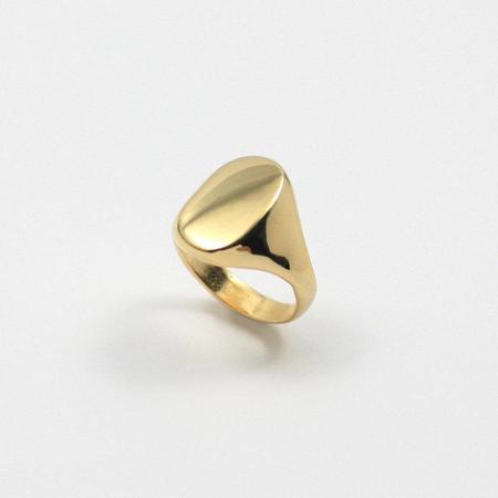 Merewif Eliot Signet Ring