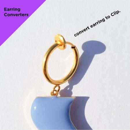 Matter Matters Comma Earrings - Black/Maroon