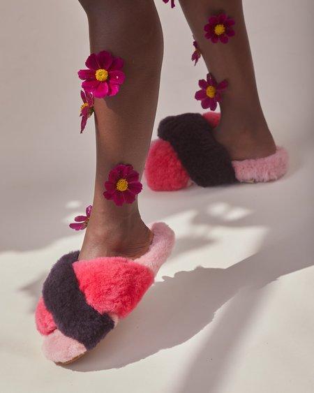 Ariana Bohling: Criss Cross Alpaca Slippers - Fuchsia Combo