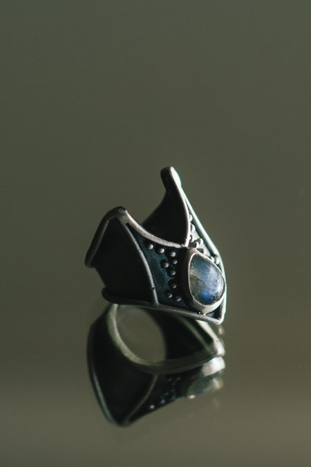 Acid Queen Jewelry Rygel Ring with Labradorite