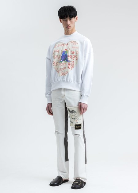 We11done Graffiti Patch Sweatshirt - White