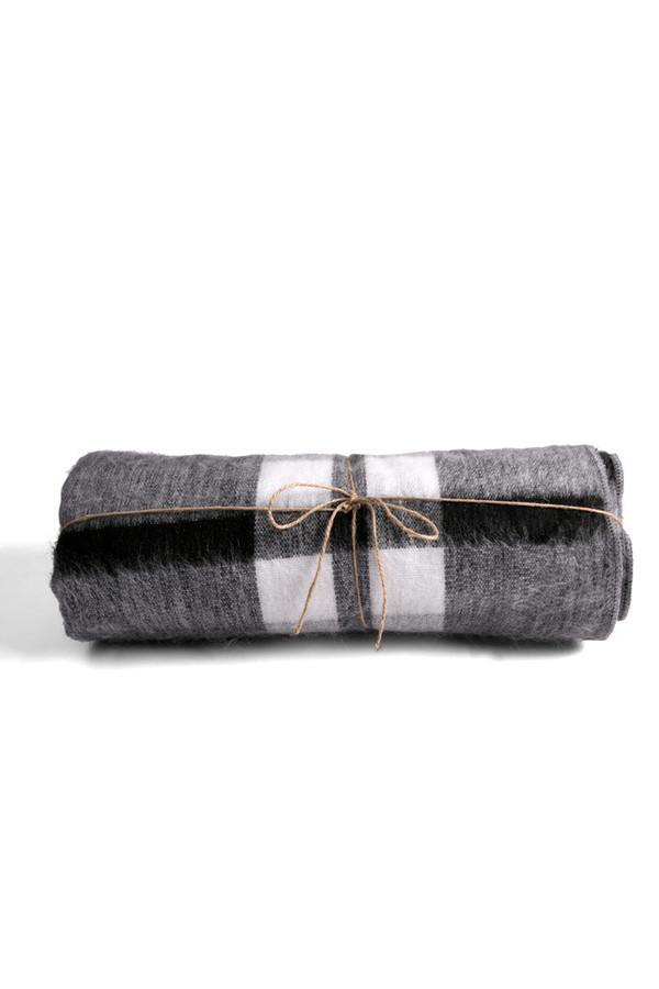 Carvieira Alpaca Blanket Charcoal Grey Plaid