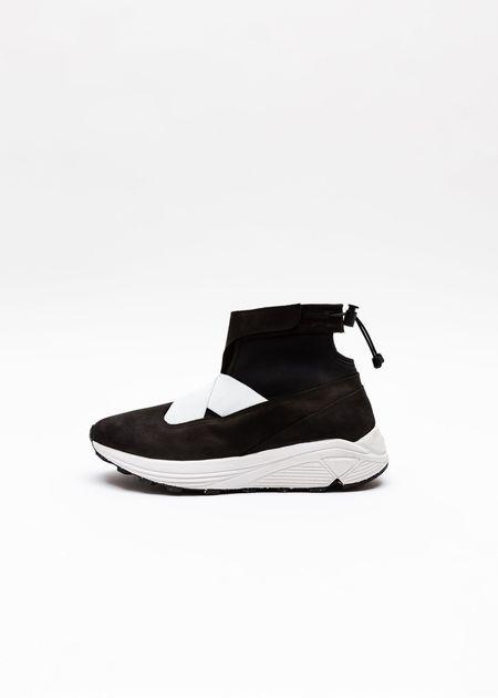 Guillermo Bravo La Pola High Top Classic Sneaker - Black/White