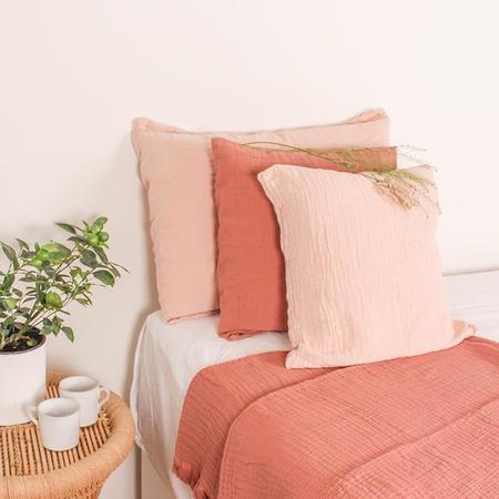 Autumn Paris Punto 40cm x 60cm Pillow - Pink