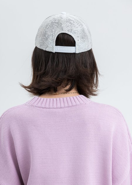 we11done Logo Lace Cap - White
