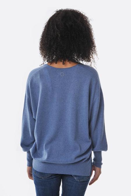 Oyuna V Neck Pullover - Dolphin Blue