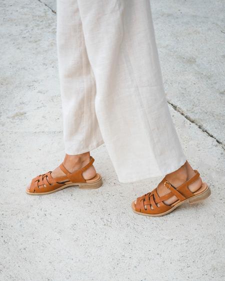 Naguisa Manto sandal - Brown