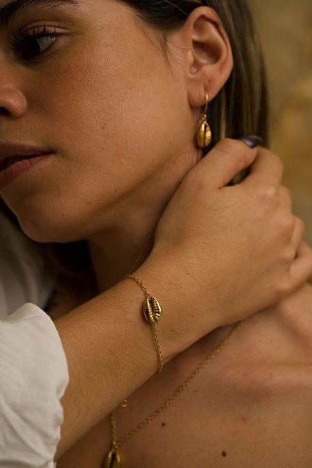 TheCanoShoe Concha Earrings - 14K gold-plated