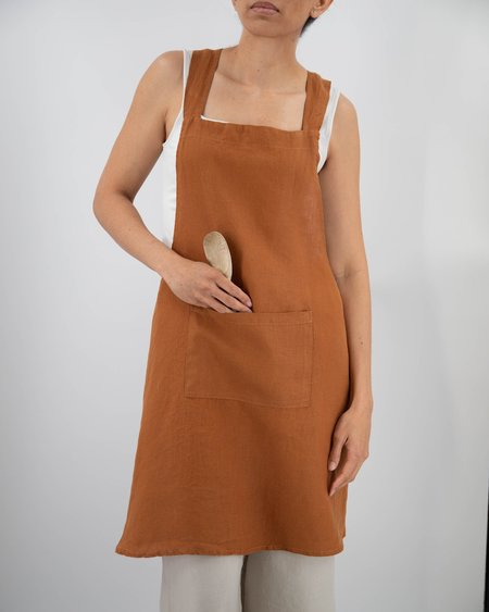 Sunday Morning Nishi Cross-Back Linen Apron