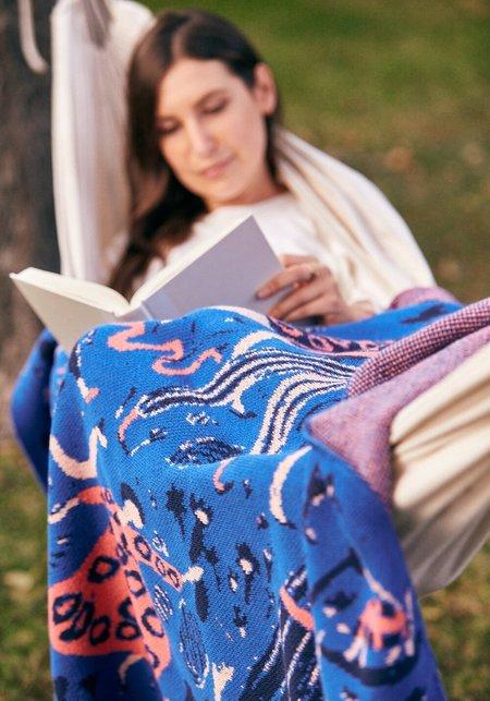 Hillery Sproatt Little Friends Blanket - Royal