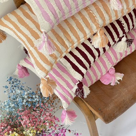 Archive New York Antigua Pillow - Peach