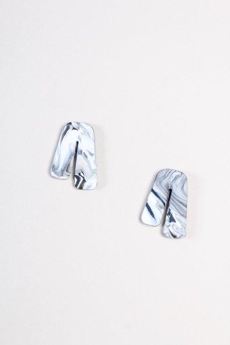 Peppertrain Mini Phoebe Earring - Black/White Marble
