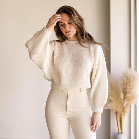 Atelier Delphine Lightweight Balloon Sleeve Sweater - Cream