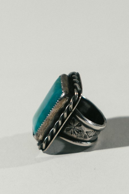 Morgaine Faye Chrysacolla Heavy Ring - bright blue/Silver