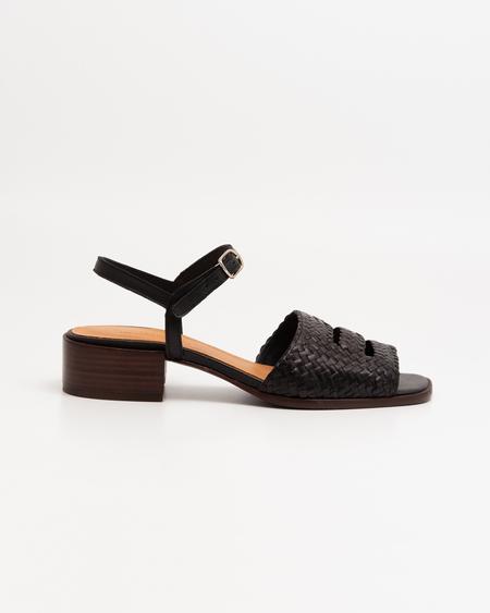 Naguisa Greda Sandals - Black