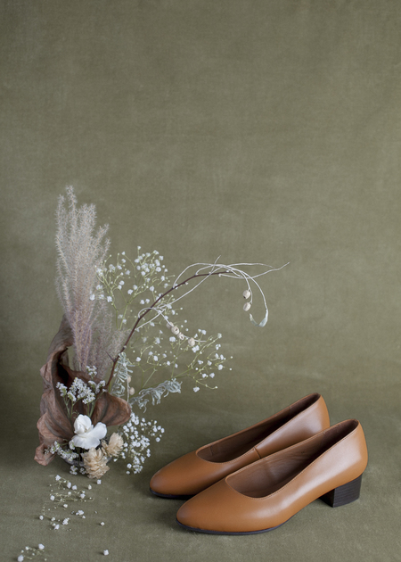 Anne Thomas Michele Shoe - Tan