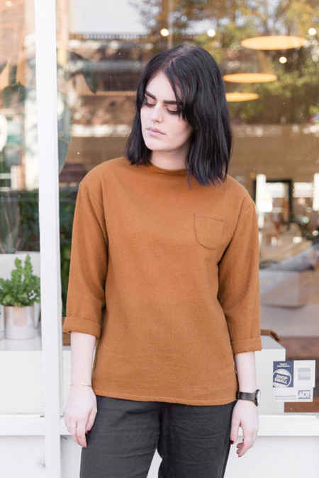 wrk-shp Aino Box Top in Rust