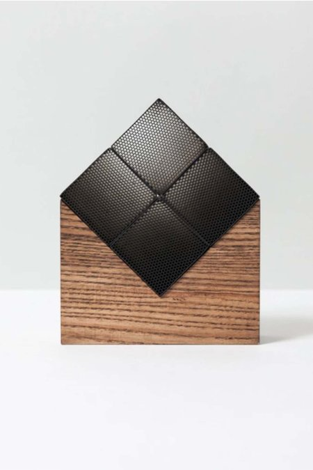 Chikuno Cube Large House - Brown