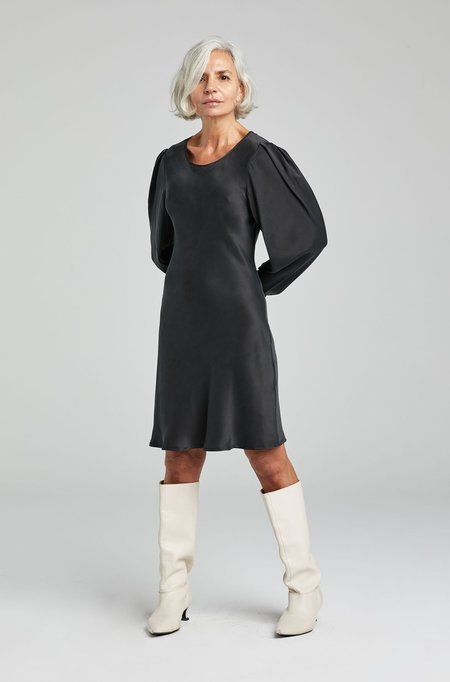 Silk Laundry ORIGAMI SLEEVE DRESS - BLACK