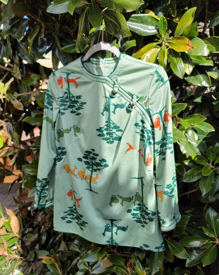 Vintage Fawn in the Forest Top - mint