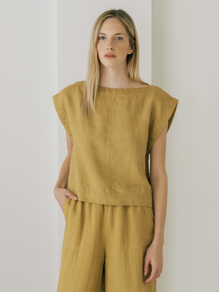 LAUDE the Label Everyday Top - Turmeric Linen