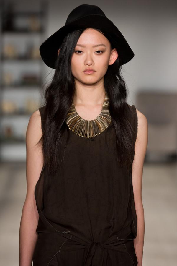 Laura Siegel Horn Collar Necklace