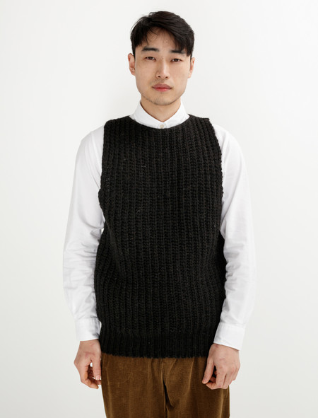 Tender  761 Mixed Voe Wool Rib Sleeveless Pullover Black