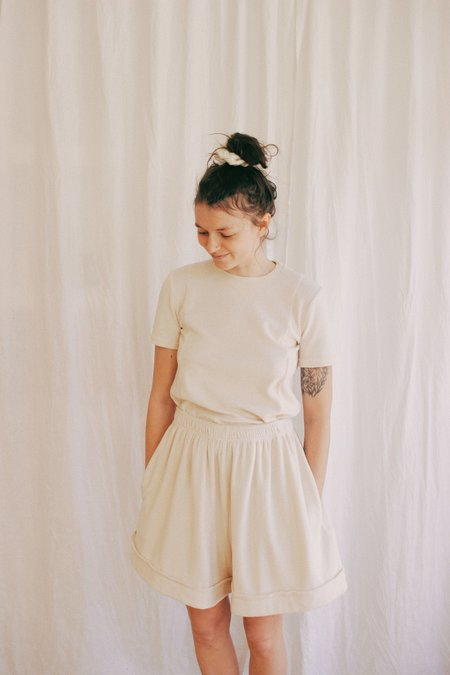 Toit Vola Oversized Sporty Shorts - Sweet Meringue