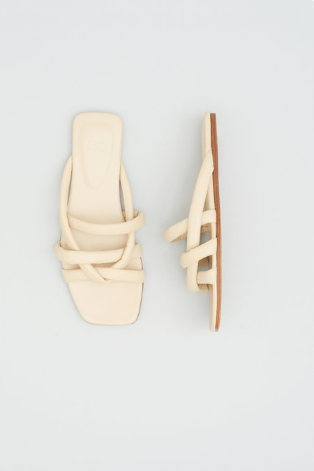 LOQ Garcia Sandals - Sand