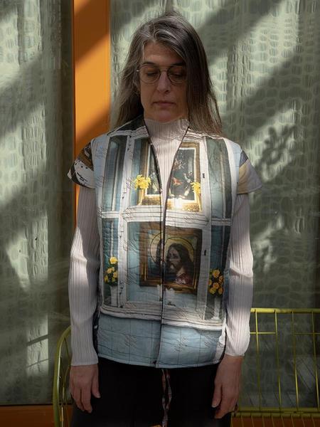 BLESS Liningvest - Shrine/Red Check