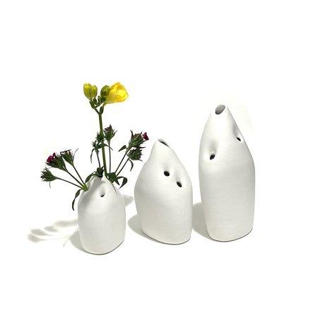 Allison Skinner Tulipiere for Wildflowers - White