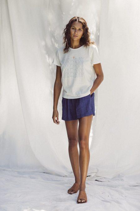Trovata Jett T-Shirt - Antique White Holiday