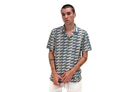 Far Afield Selleck Short Sleeve Shirt - Wavista Print