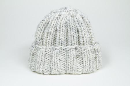 Clyde Fold Knit Hat in Cream w. Black Fleck