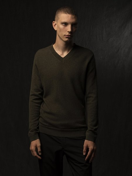 PURECASHMERE NYC Men V Neck Sweater - Hunter Heather