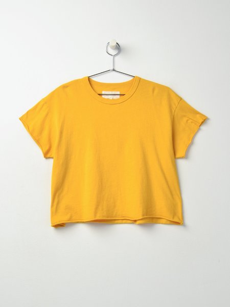 The Great. THE CROP TEE - GOLDEN YELLOW