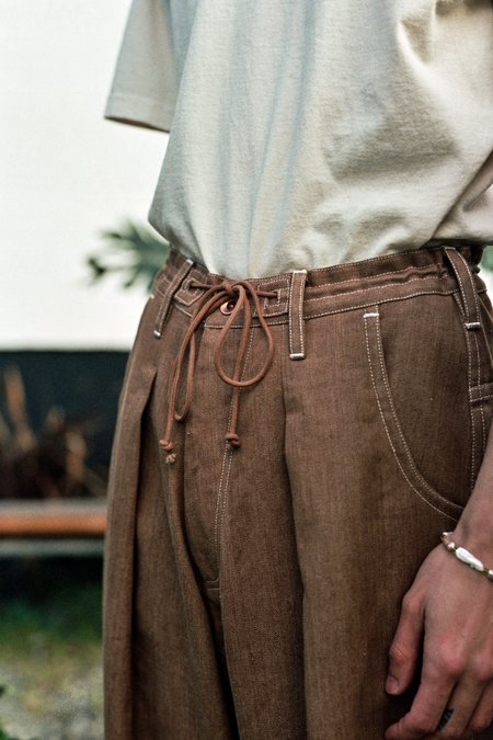 STORY mfg. Lush Jeans - Bark Brown