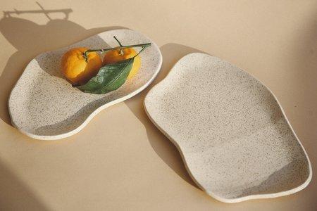 """Salamat Ceramics 11"""" Tundra Plate - Walnut"""