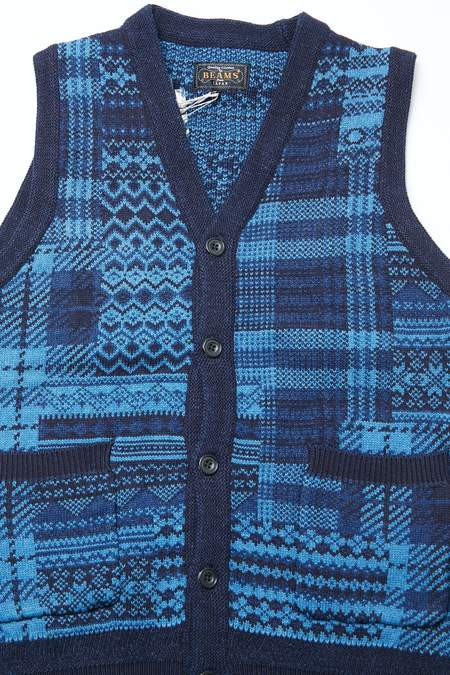 Beams Plus Patchwork Like Jacquard Button Indigo Knit Vest - INDIGO