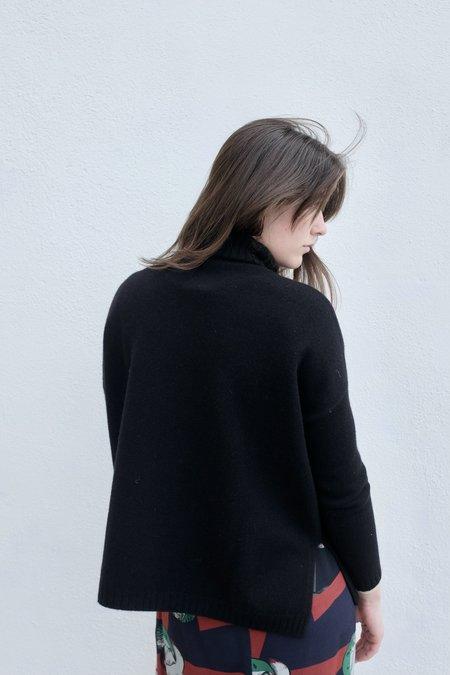 Poles Georgette Turtleneck - Black