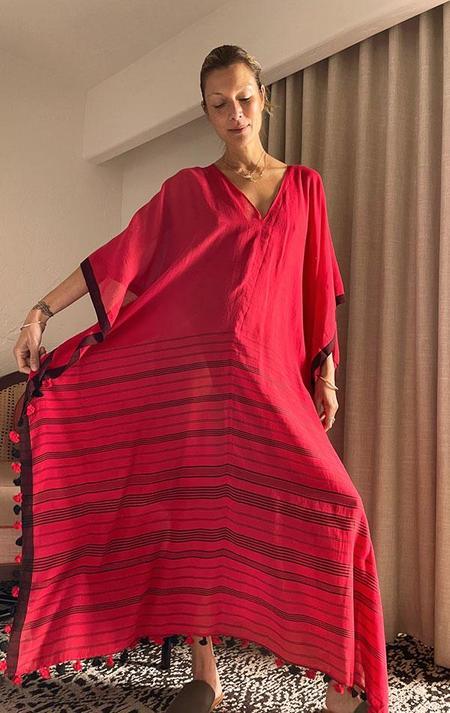 Two pompom V caftan dress - Red