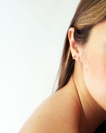 Odette New York Single Mini Ligne Earring - 14k Yellow Gold
