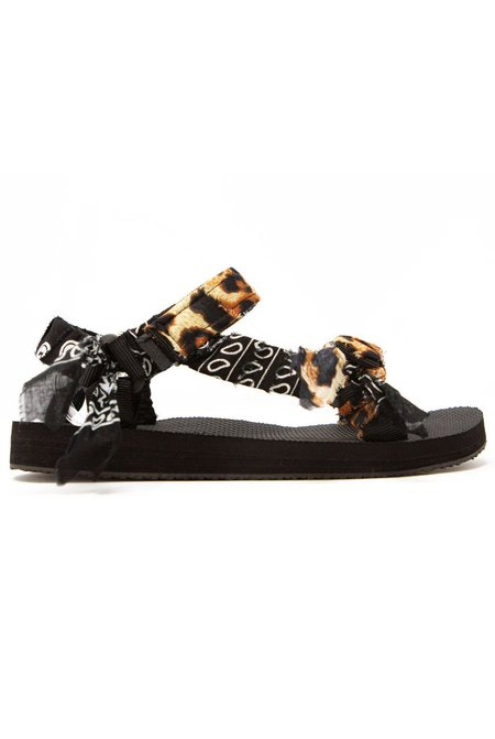 Arizona Love Trekky Leopard Print sandals - Black Bandana