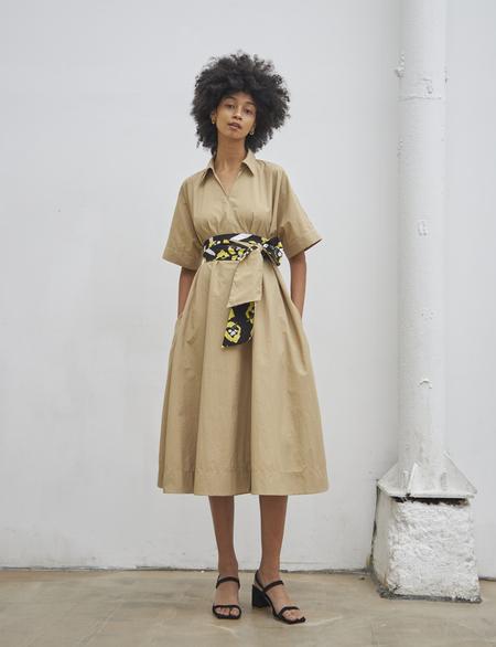 Maison De Ines FLORAL BELTED SHIRT DRESS - beige