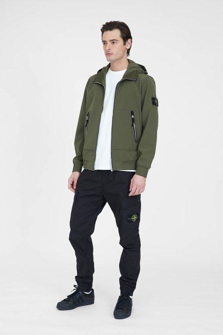 Stone Island Light Soft Shell-R e-dye Hooded Jacket - Olive