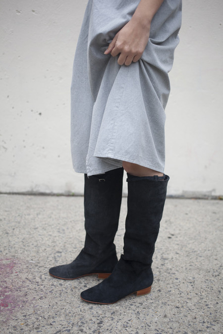 A Détacher Knee High Skipper Boot in Black