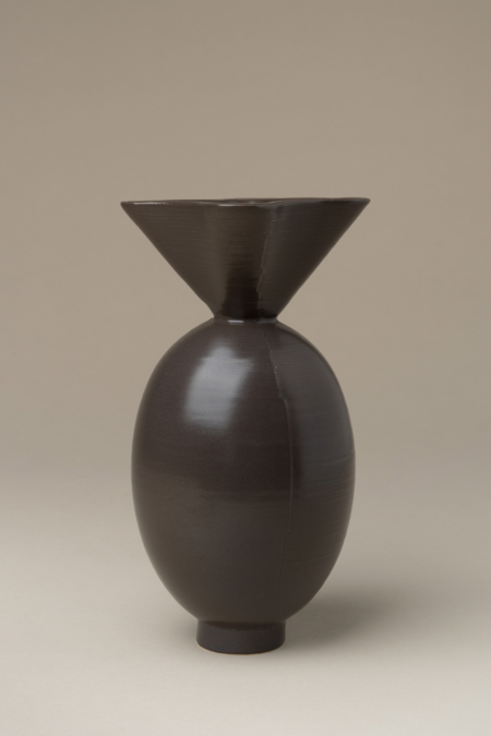 Los Objetos Decorativos Von Vase - Black
