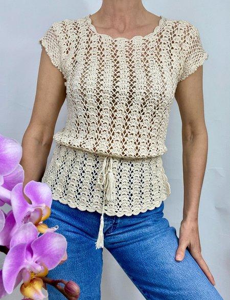 Vintage Scalloped Crochet Top - Beige