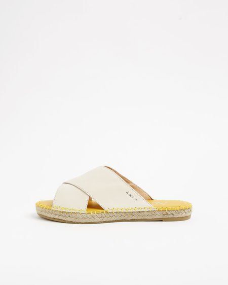Act Series Berlin Uccle sandals - White