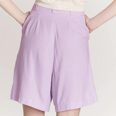 Pastiche Linen Bermuda Shorts - Lilac